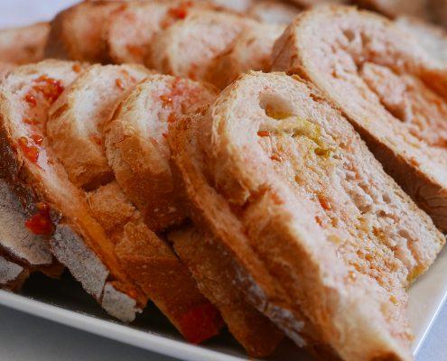 Degustació, pa artesanal, artesà, blanc, moré, moreno, pa amb tomàquet